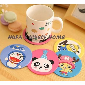 1pcs hot sales cartoon Cute Drink Holder Placemat Button Coaster Cup Mat Silicone Placemat tovaglietta americana Household Items