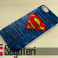Superman Logo on Wood - iPhone 4/4S, iPhone 5/5S, iPhone 5C and Samsung Galaxy S3, S4