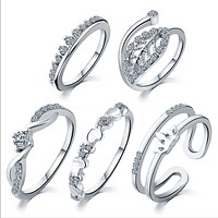 Peach heart leaves crown suit rings 5 sets of crystal rings