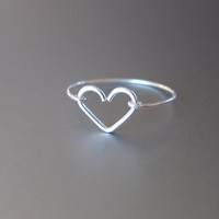 Silver Heart Ring, Sterling Silver Wire Heart Ring, Silver Wire Ring, Heart Ring, Dainty Ring,Valentine's Day Gift