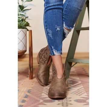 Country Girl Faux Leather Leopard Booties (Taupe)