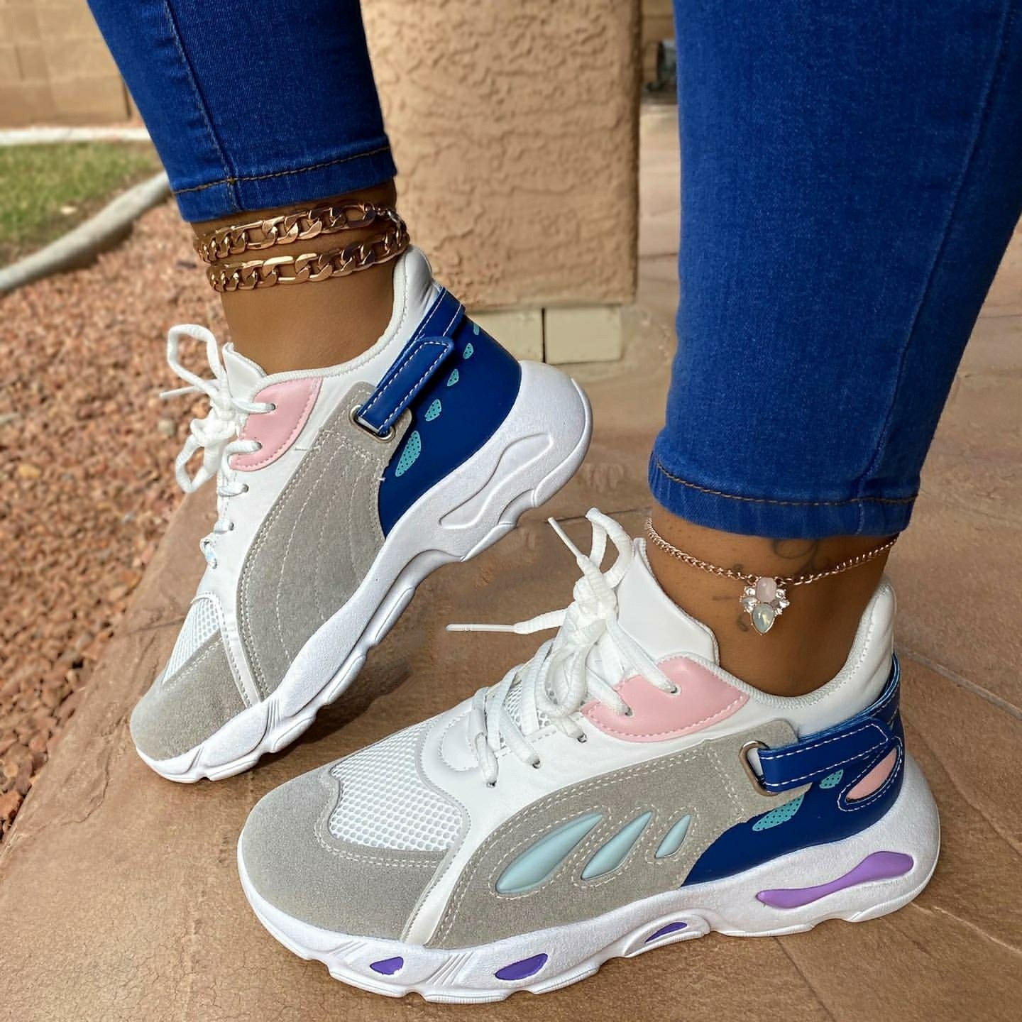 Image of (GIA) BLUE SNEAKER
