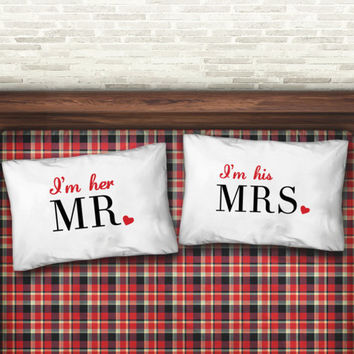 Personalized Pillow Cases for Couples - Mr and Mrs Pillow Cases - Standard Pillow Case Set - King Size Pillow Case - Wedding Gift Ideas