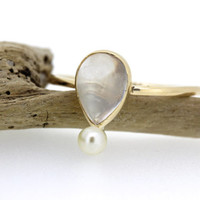 Antique Moonstone Ring | Alternative Engagement Ring | Dainty Pearl Ring | Stacking Ring | 14k Rose Gold Ring | Thin Gold Ring | Size 6.5