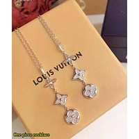 Louis Vuitton LV Fashion New Women Personality Necklace Jewelry