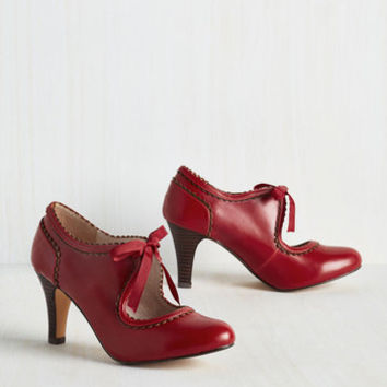 Vintage Inspired Live to Tell the Fairytale Heel