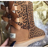 UGG:: bow leather boots boots in tube I