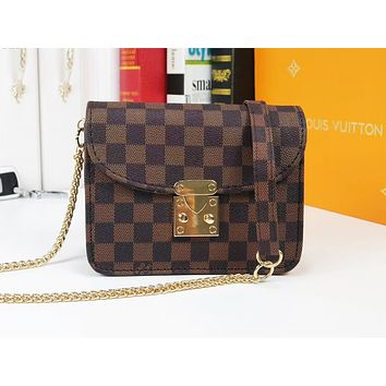 Louis vuitton hot seller of fashionable printed single-shoulder bag with matching color casual lady postman shopping bag Coffee lattice