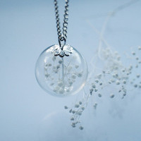 Snow Globe Necklace Real White Flower Snowy Baby's Breath Dried Natural Tiny Botanical Glass Beads Bridal Purity Christmas Winter