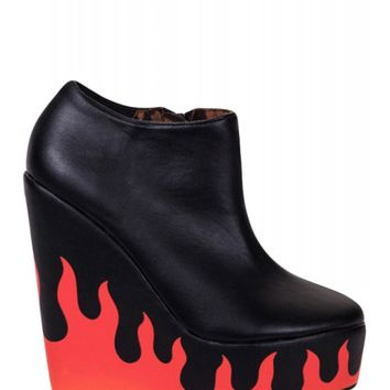 Iron Fist Women's Fire Sign Wedge