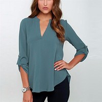 CHIFFON V-NECK BLOUSE  WITH 3/4 SLEEVES