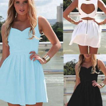 Sleeveless Sweetheart Neckline Cut-Out Back Skater Dress