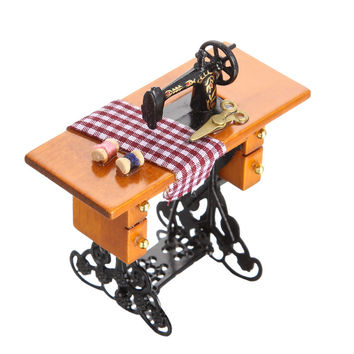 1:12 Pretend Toy Vintage Miniature Sewing Machine Furniture Toys for Doll House Decor Children Toys Accessories