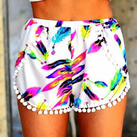 Feather Print Elastic Shorts With Tassel