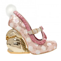 Fluffy Tail | Irregular Choice