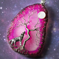 Howling Wolf Tree of Life Howl at the Moon Pink Agate Slice Wire Wrapped Druzy Crystal Lone Wolf Yggdrasil Celtic Family Tree Necklace