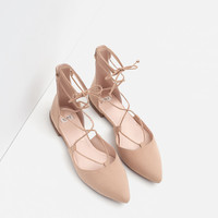 POINTED LACE-UP BALLERINAS