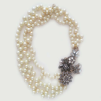 Pearl Necklace Statement, Bridal Necklace with Rhinestone Brooch, Chunky Wedding Necklace, Bridal Bib Necklace, Stella