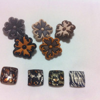 Safari Novelty Buttons / Sewing supplies / Novelty Buttons / Party Supplies / Kids craft supplies/Embellishments for Scrapbooking