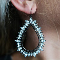 Want You Back Earrings: Black
