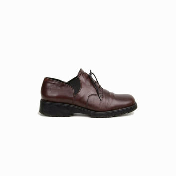 sale! 50% off - Vintage 90s Oxford Shoes in Oxblood Brown / Slip On Oxfords / Women's Oxfords - women's 37 / US 6.5/7