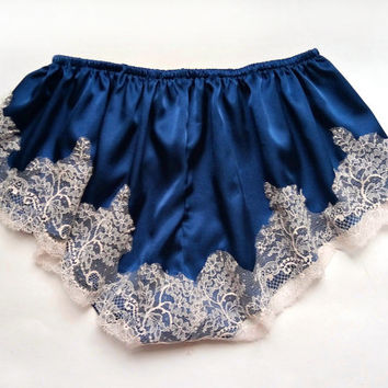 Vintage inspired french knickers, silk knickers, silk lingerie, blue  knickers, silk panties, vintage lingerie, vintage panties,lingerie
