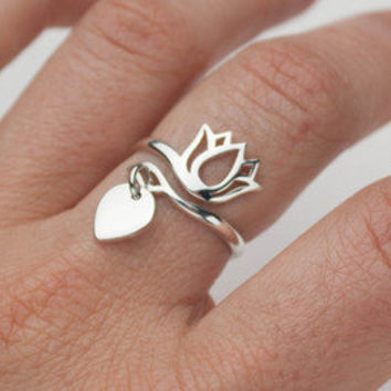 Silver Lotus Flower Ring - 100% Sterling Silver . Yoga Jewelry . Adjustable Ring . Zen, Minimal Jewelry, Gift
