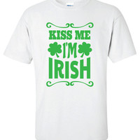 Kiss Me I'm pub Irish crawl bar scotland saint st. Patrick's Paddy's ireland scottish T-Shirt Tee Shirt Mens Ladies Womens mad labs ML-283g