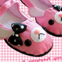 Pink Bunny Mary Jane Shoes  Size 9 by emandsprout on Etsy