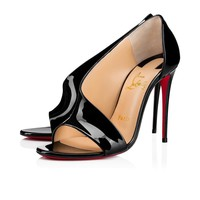 Christian Louboutin Cl Phoebe Black Patent Leather Sandals 3180253bk01