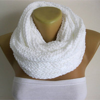 ON SALE - Chunky Knit Scarf ,White colour- crochet infinity scarf, knitted scarf, christmas gift- for her -Fashion accessories