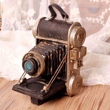 Vintage Innovative Gifts Weathered Resin Camera Shape Home Decor [6282508678]