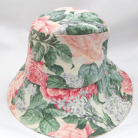 Vintage 1990s floral print cotton bucket hat