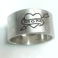 MOM  ring with heart tattoo