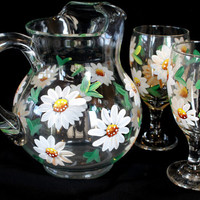 Daisy Pitcher and Iced tea Glasses Set of 3, These would make wonderful Bridal show gift, wedding gift and Mother day gifts