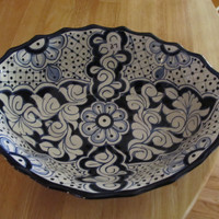 Talavera hand painted Mexican serving bowl
