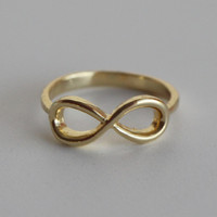 18k Gold Infinity Ring