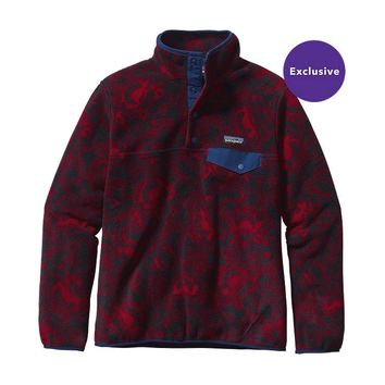 Patagonia Women's Lightweight Synchilla® Snap-T® Pullover | Barceloneta: Classic Red