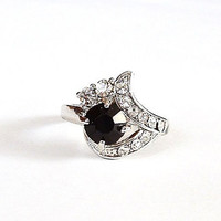 Black Rhinestone Ring Vintage Cocktail Ring Size 9