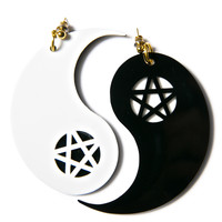 I Still Love You NYC Ying to My Yang Earings Black/White One