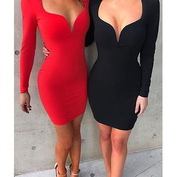 LONG SLEEVE LOW-CUT BODYCON DRESS