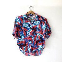 Vintage floral shirt. Short sleeve tropical shirt. Button up shirt. Cropped & boxy tee shirt.