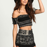 BANDANA SCARF OFF SHOULDER CROP TOP