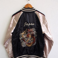 BIG SALE 25% SUKAJAN Fighting Dragon Japan Yokosuka 80's Embroidery Japanese Satin Souvenir Women Jacket Coat Size L