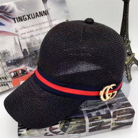 GUCCI The red ribbon Woven net cap hat