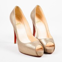 DCCK2 Christian Louboutin Pale Gold Leather Peep Toe Very Prive Pumps