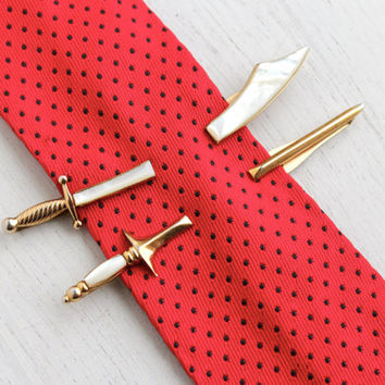 Letter I Initial Gold and Blue Pattern Mens Tie Clip Tack Bar