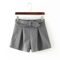 Winter Butterfly Simple Design Boot Cut Shorts [4917796484]