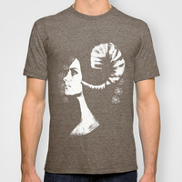 The White Faced Woman T-shirt by Karl Wilson Photography