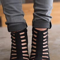 Chase Cut Out Booties (Black)